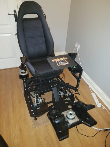 Customer chair with stick and throttle
